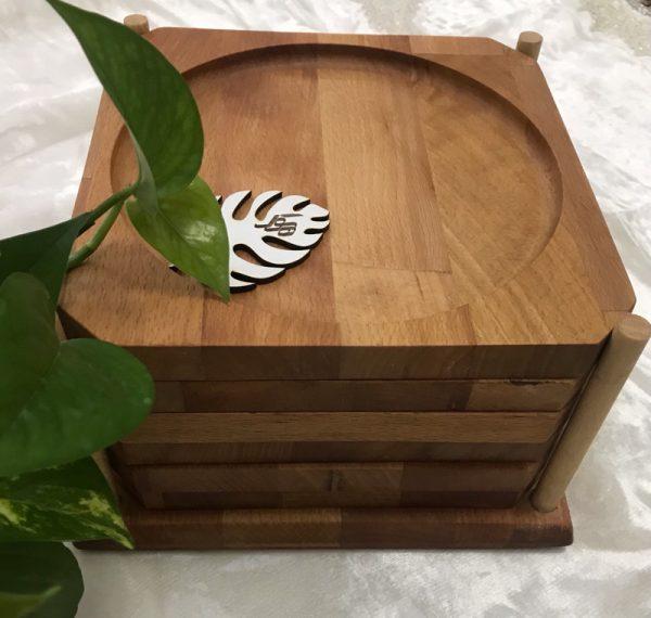پیش دستی چوبی