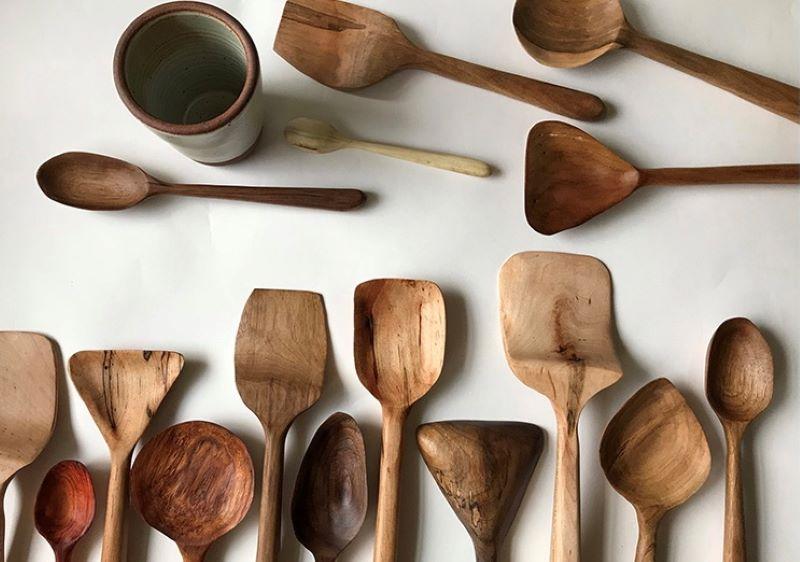 مزایا استفاده از قاشق چوبی در پختن غذا
